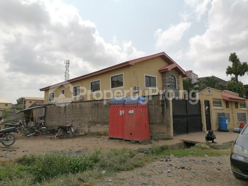 5 bedroom Semi Detached Duplex for sale Atunrae Estate Atunrase Medina Gbagada Lagos - 1