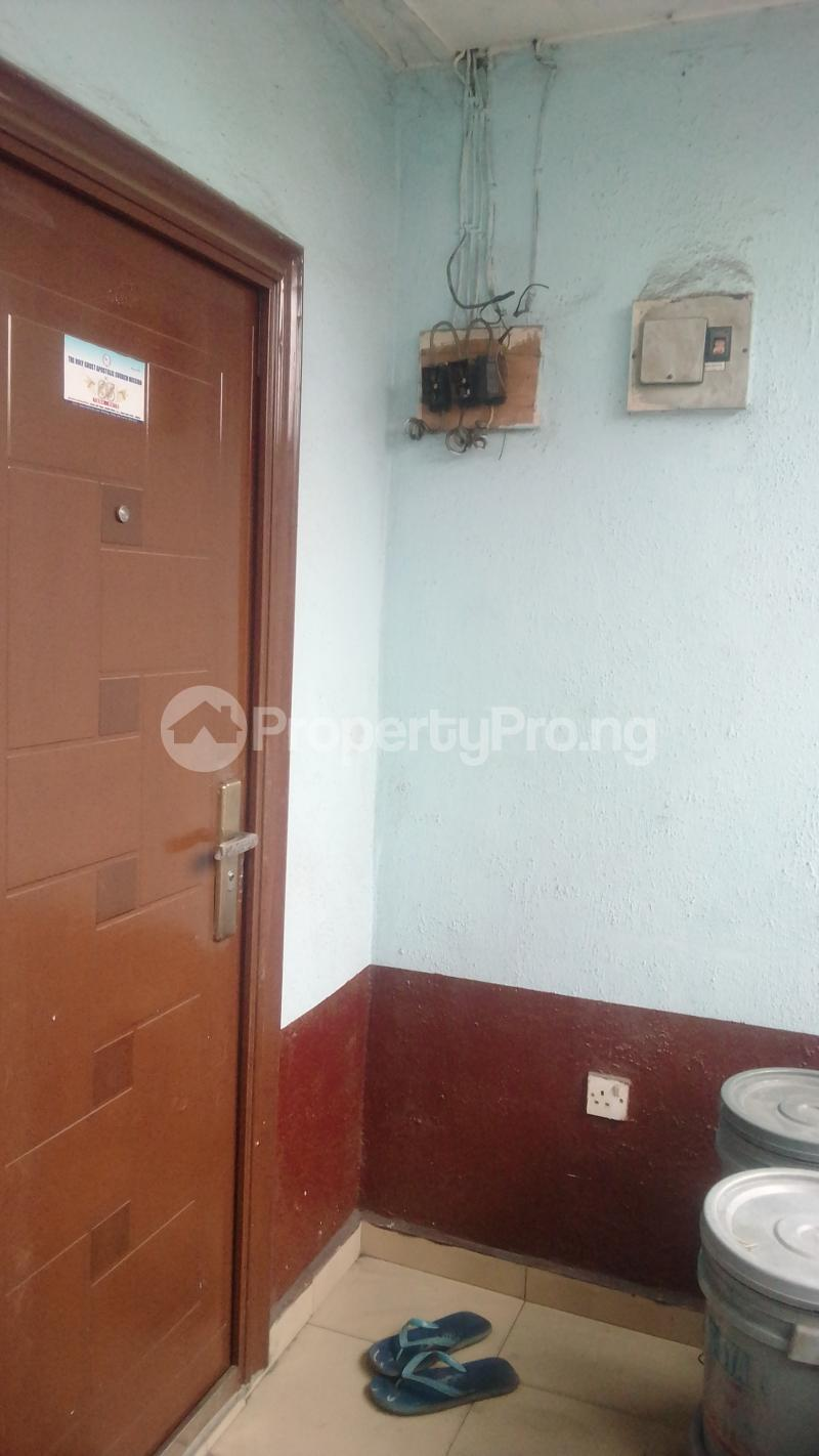 1 bedroom Shared Apartment for sale Eneka Rd, Rumuodara Junction. Obio-Akpor Rivers - 1