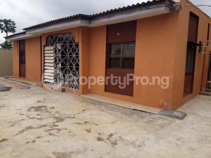 4 bedroom Semi Detached Bungalow for sale Agbado Ifo Ogun - 3