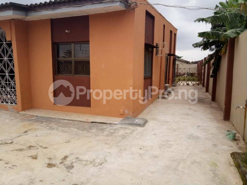 4 bedroom Semi Detached Bungalow for sale Agbado Ifo Ogun - 2