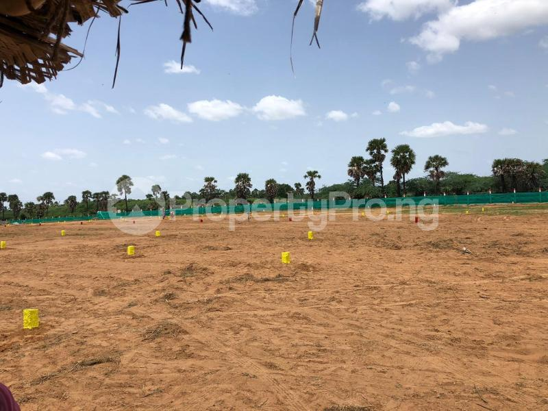 Industrial Land Land for sale Capps, very close to oshodi Oshodi Expressway Oshodi Lagos - 0