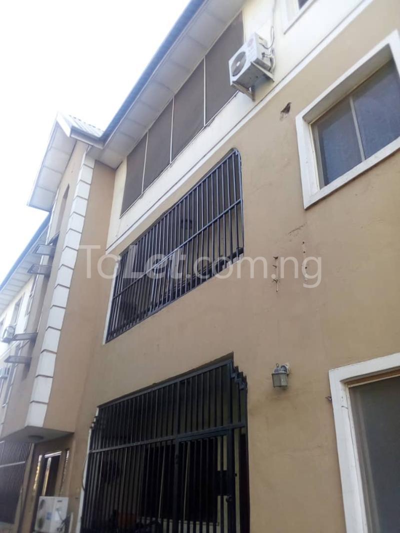 3 bedroom Flat / Apartment for sale County Estate Pen cinema Agege Lagos - 0