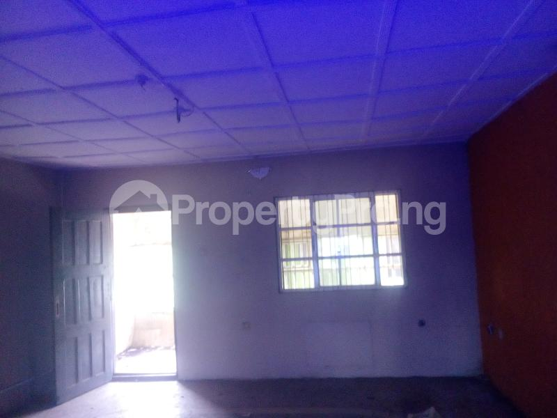 3 bedroom Flat / Apartment for rent Aviation Estate  Mafoluku Oshodi Lagos - 2