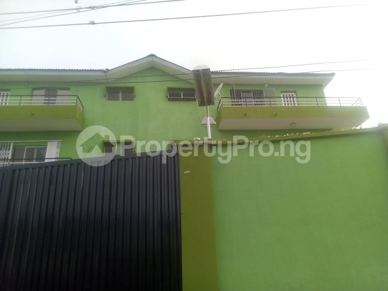3 bedroom Flat / Apartment for rent Aviation Estate  Mafoluku Oshodi Lagos - 1