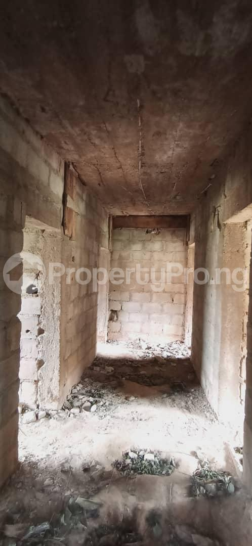 10 bedroom Flat / Apartment for sale Behind Olunde High School Ibadan Lagelu Oyo - 7