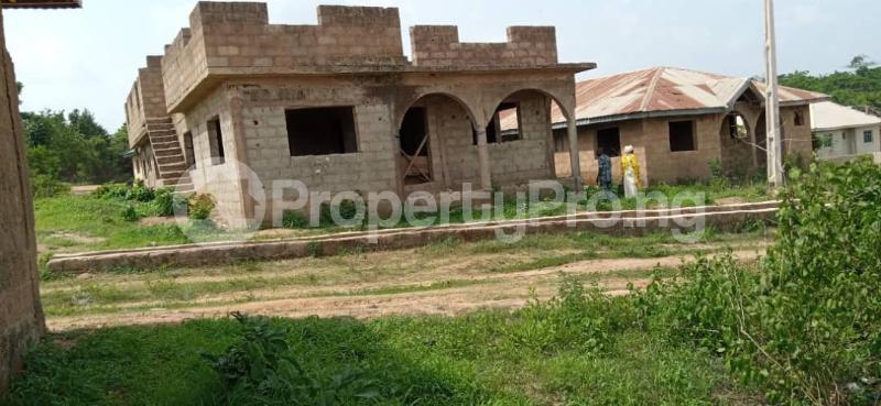 10 bedroom Flat / Apartment for sale Behind Olunde High School Ibadan Lagelu Oyo - 4