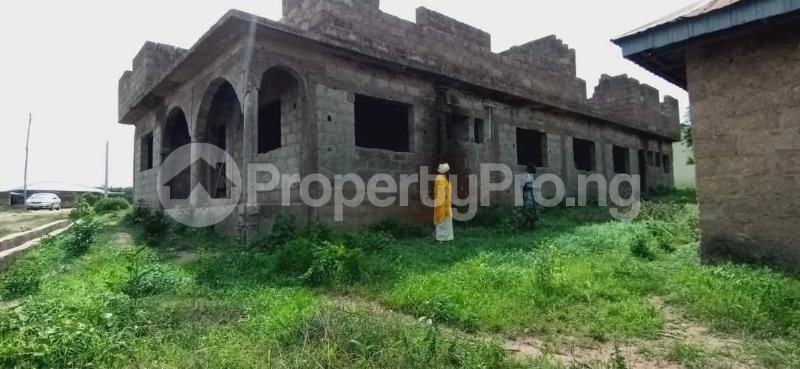 10 bedroom Flat / Apartment for sale Behind Olunde High School Ibadan Lagelu Oyo - 0
