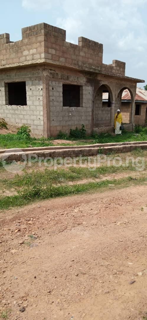 10 bedroom Flat / Apartment for sale Behind Olunde High School Ibadan Lagelu Oyo - 8