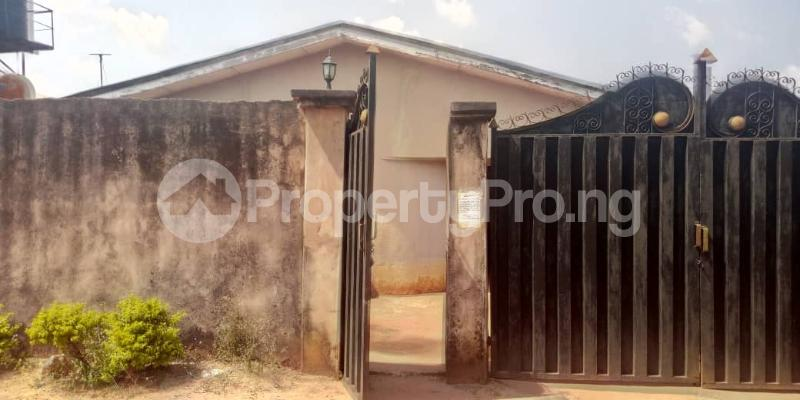 3 bedroom Semi Detached Bungalow House for sale Benin  City Central Edo - 4