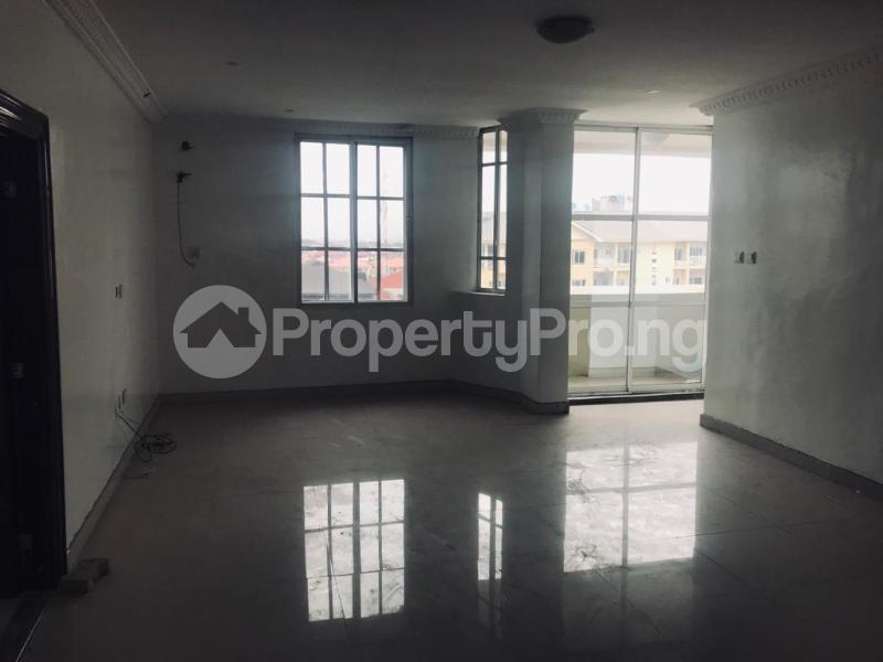 3 bedroom Flat / Apartment for sale off Alpha Beach Road chevron Lekki Lagos - 9