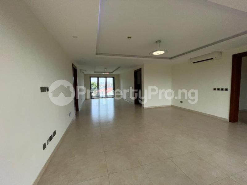 3 bedroom Flat / Apartment for rent Banana Island Ikoyi Lagos - 4
