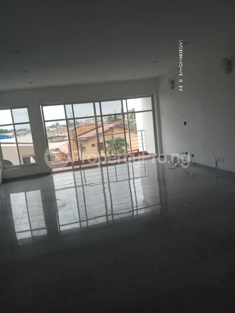 3 bedroom Flat / Apartment for rent Dolphin Estate Ikoyi Lagos - 3