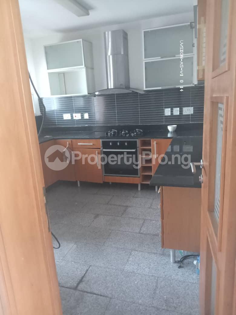 3 bedroom Flat / Apartment for rent Dolphin Estate Ikoyi Lagos - 12