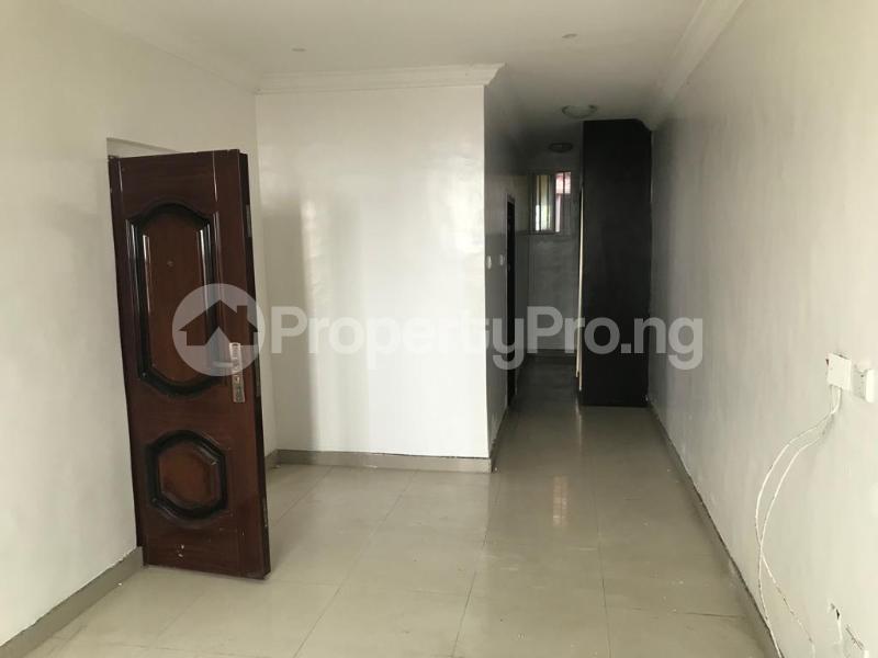 3 bedroom Flat / Apartment for sale off Alpha Beach Road chevron Lekki Lagos - 6