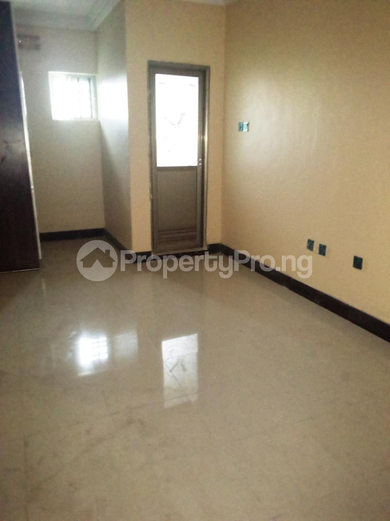3 bedroom Penthouse Flat / Apartment for rent Chevy view estate chevron Lekki Lagos - 4
