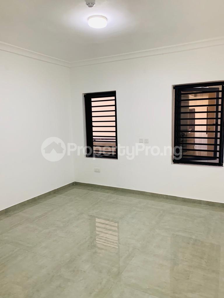 3 bedroom Flat / Apartment for sale Osapa london Lekki Lagos - 5