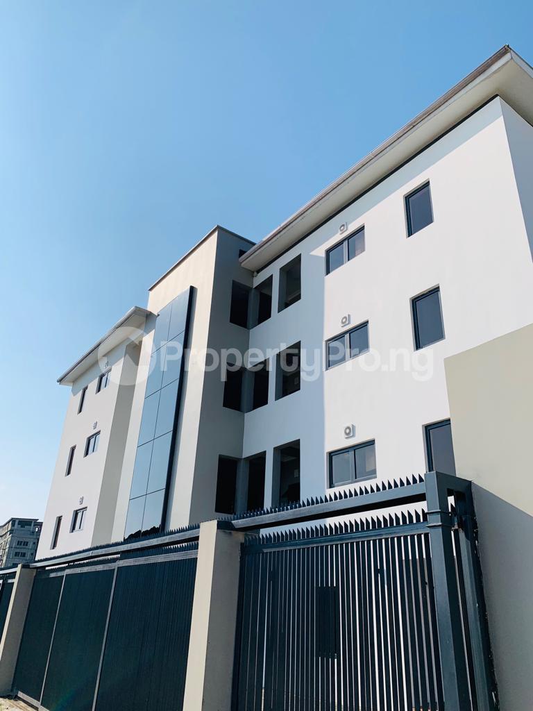 3 bedroom Flat / Apartment for sale Osapa london Lekki Lagos - 13