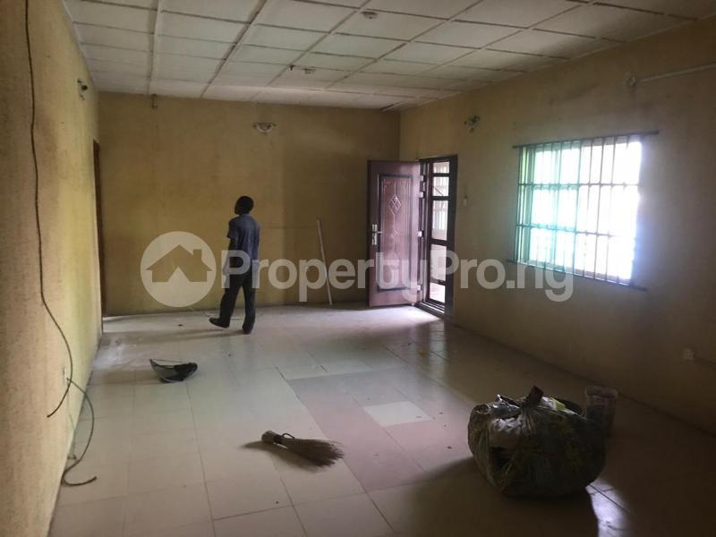 3 bedroom Flat / Apartment for rent Off Pedro road Shomolu Lagos - 4
