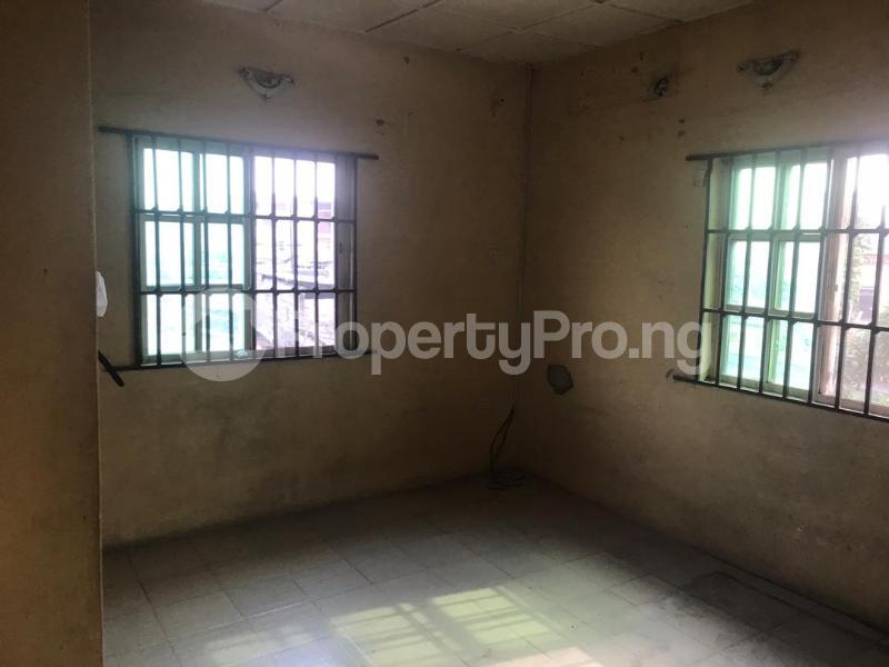 3 bedroom Flat / Apartment for rent Off Pedro road Shomolu Lagos - 6