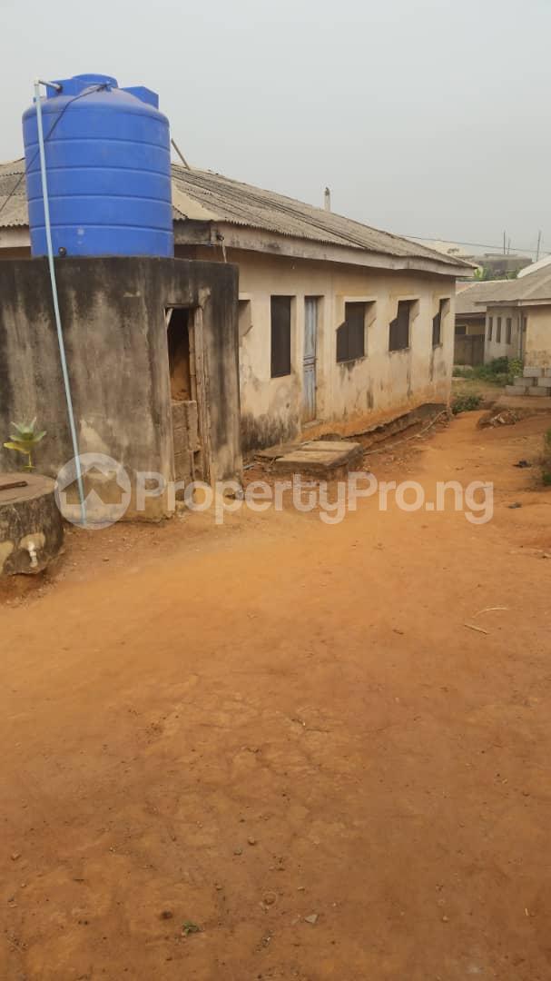 3 bedroom Terraced Bungalow House for sale Toyin Olokun Street Oke-eletu  Ijede Ikorodu Lagos - 3