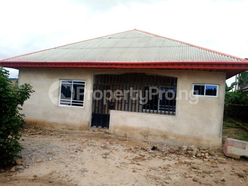 3 bedroom House for sale Inyang Efe Street Off Ikot Ekpene Road By Ibom Specialist Hospital Uyo Akwa Ibom - 0