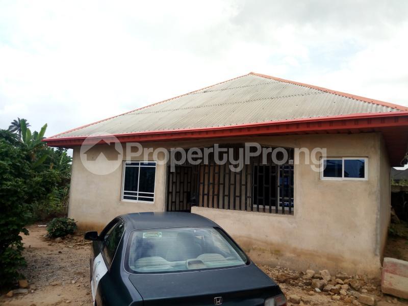 3 bedroom House for sale Inyang Efe Street Off Ikot Ekpene Road By Ibom Specialist Hospital Uyo Akwa Ibom - 3