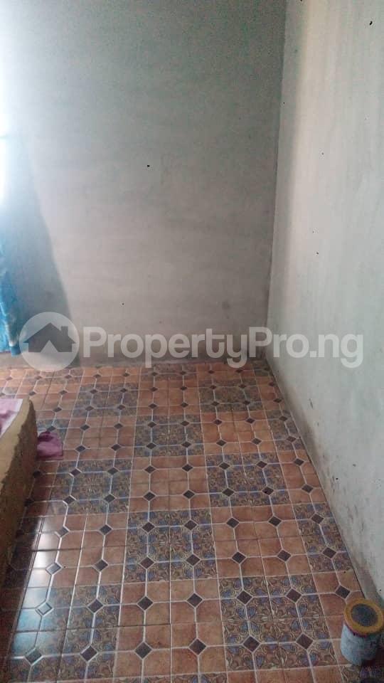 3 bedroom Detached Bungalow House for sale  akingbile area moniya ibadan Akinyele Oyo - 2