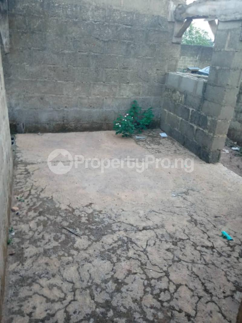 3 bedroom Detached Bungalow House for sale  iyana church area opposite lion of Judah church Iwo Rd Ibadan Oyo - 8