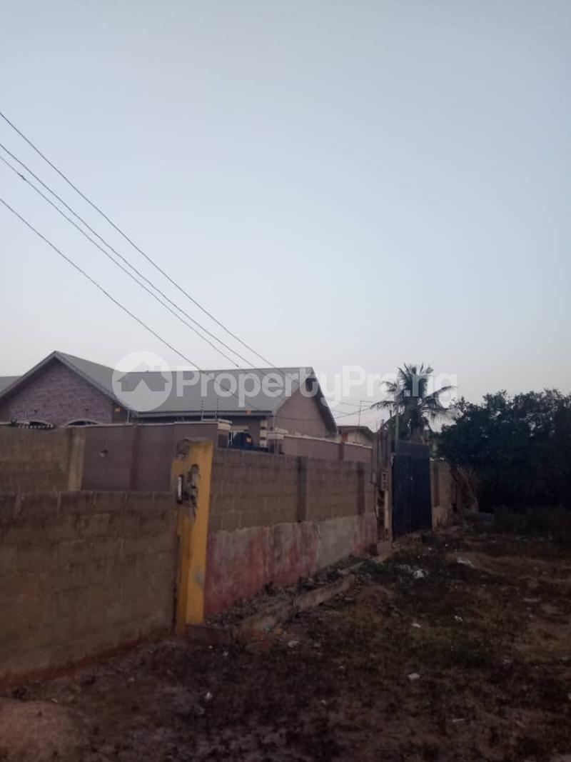 3 bedroom Detached Bungalow House for sale  iyana church area opposite lion of Judah church Iwo Rd Ibadan Oyo - 10