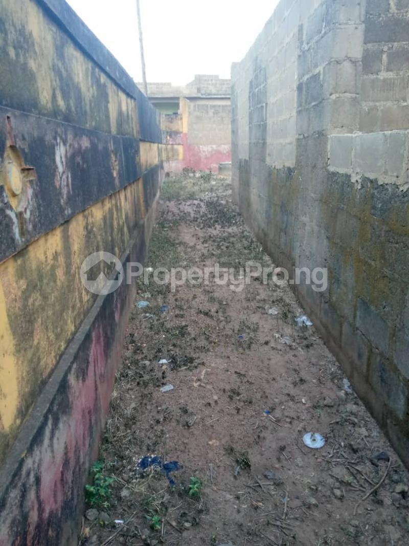 3 bedroom Detached Bungalow House for sale  iyana church area opposite lion of Judah church Iwo Rd Ibadan Oyo - 1
