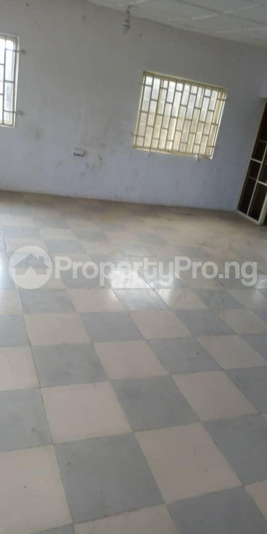 4 bedroom Terraced Bungalow House for sale  behind taas College jiboye area omi Adio ibadan Ido Oyo - 15
