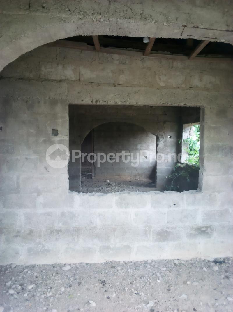 3 bedroom Detached Bungalow House for sale Opposite Baptist Grammar School, Odeyinka Road, Off Peter Power House, Ikire. Irewole Osun - 3
