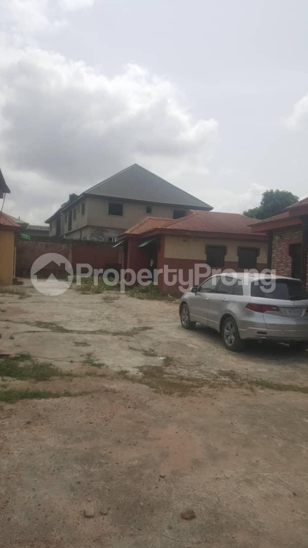 3 bedroom Flat / Apartment for sale Off Ailegun Road Bucknor Isolo Lagos - 5