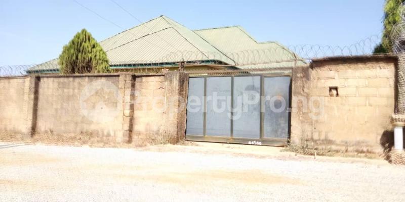 3 bedroom Detached Bungalow for sale Jos South Plateau - 1