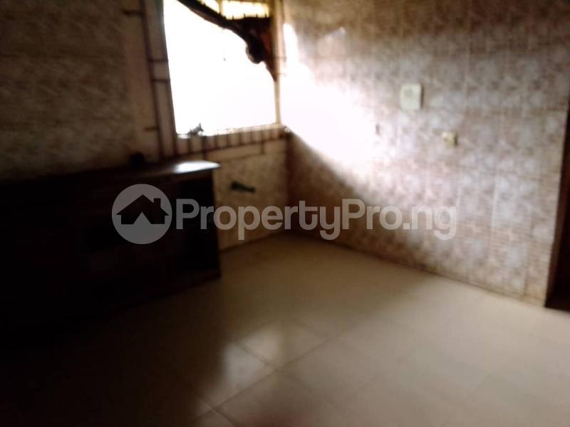 3 bedroom House for sale Odeku Estate Idiroko Road, Academy Off Taska Akala Express, Ibadan. Ibadan Oyo - 4