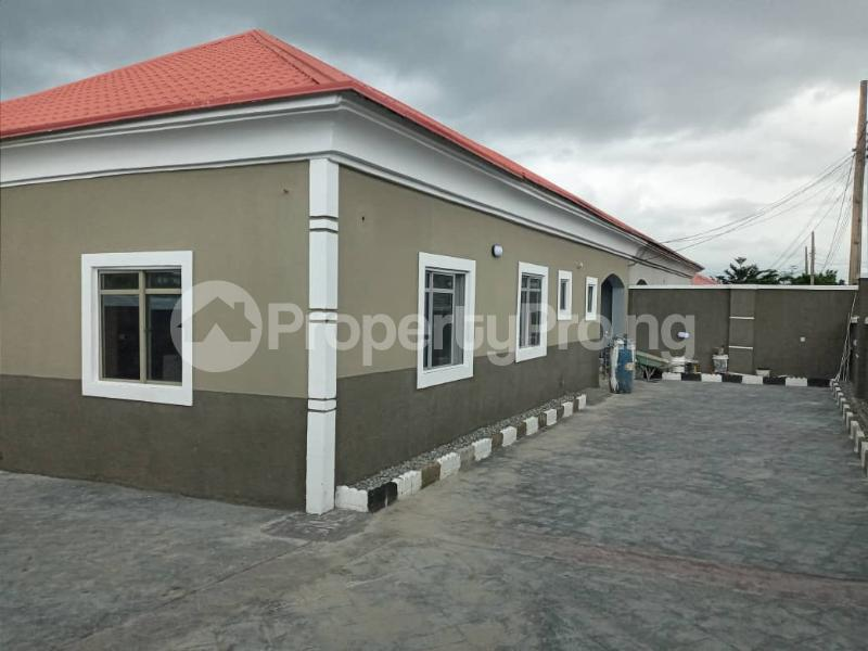3 bedroom Semi Detached Bungalow for sale Trademoore Estate, Lugbe Abuja - 0