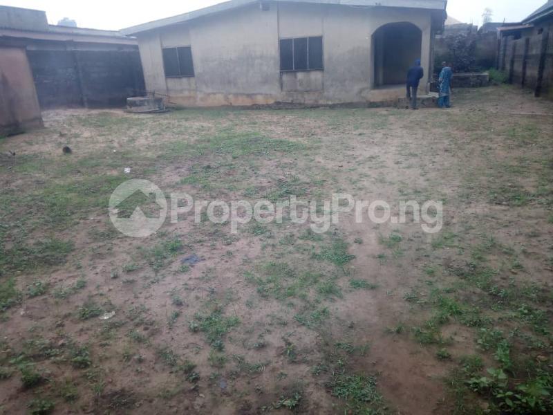 3 bedroom Detached Bungalow for sale Adekunle Bamgboye Street, Off Joke Ayo Road Alagbado Abule Egba Lagos - 1
