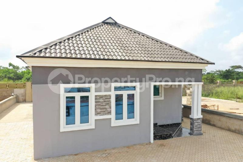 3 bedroom Detached Bungalow for sale Mowe Obafemi Owode Ogun - 1
