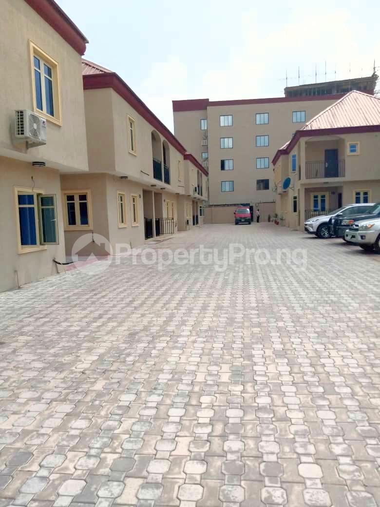 3 bedroom House for rent Alausa Ikeja Lagos - 4