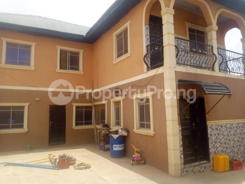4 bedroom Detached Duplex House for sale Gbongudu, Yawiri area Akobo Ibadan Oyo - 4