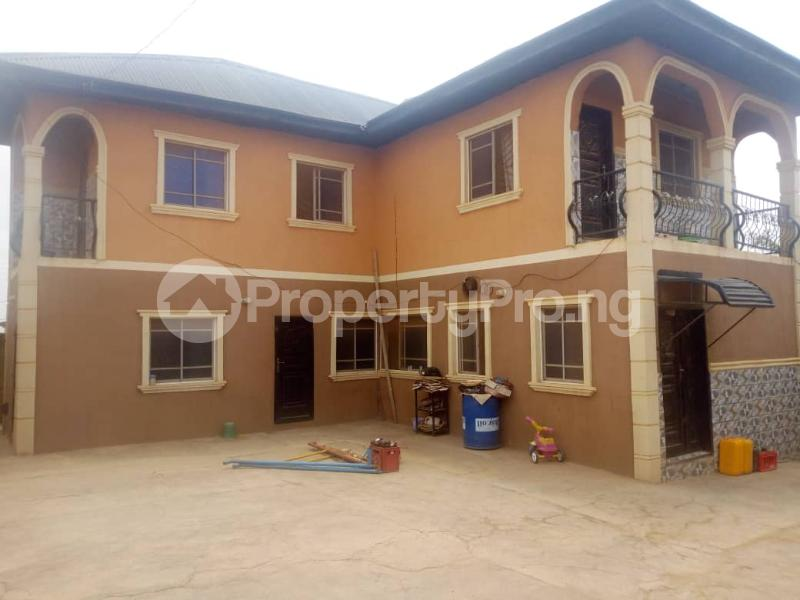 4 bedroom Detached Duplex House for sale Gbongudu, Yawiri area Akobo Ibadan Oyo - 2