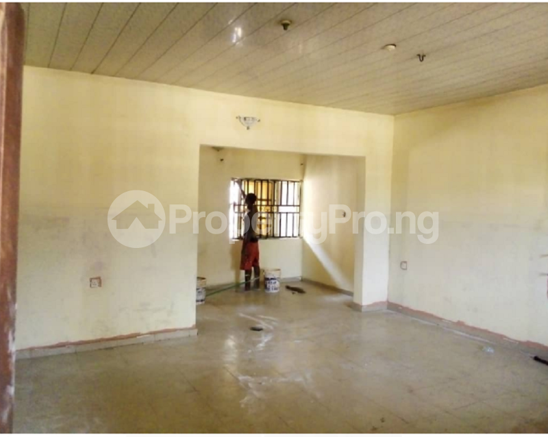 3 bedroom Blocks of Flats House for sale Close to Profs Avenue Spibat Owerri Imo - 0