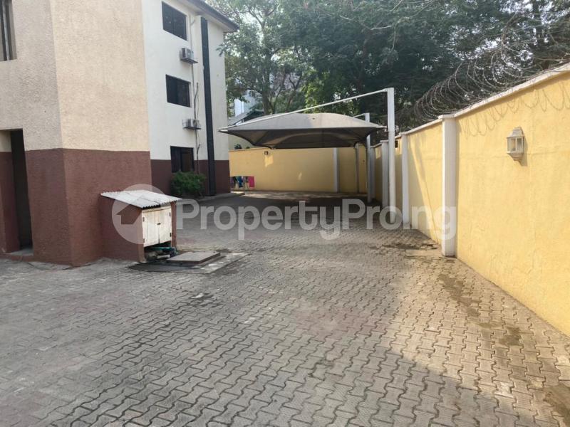 3 bedroom Flat / Apartment for rent Shonibare Estate Mobolaji Bank Anthony Way Ikeja Lagos - 29