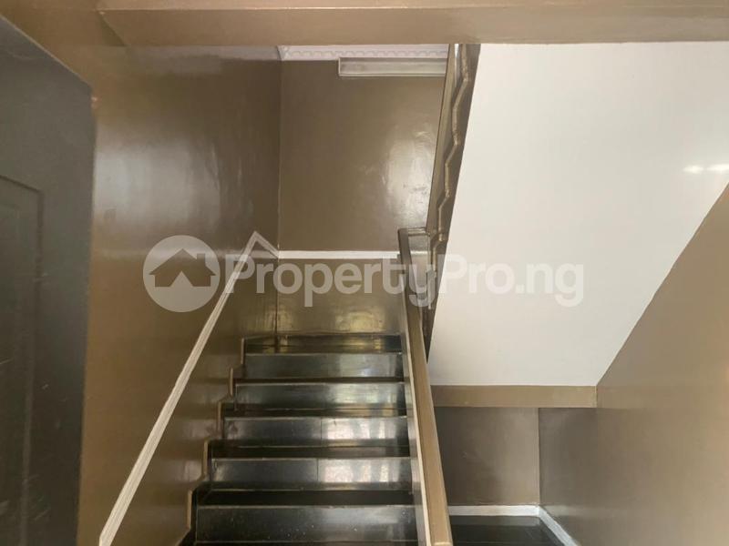 3 bedroom Flat / Apartment for rent Shonibare Estate Mobolaji Bank Anthony Way Ikeja Lagos - 31
