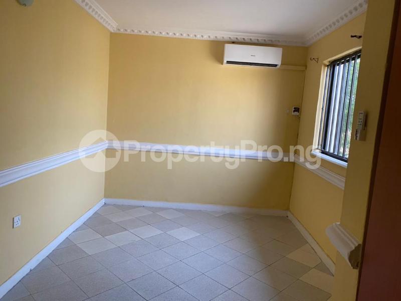 3 bedroom Flat / Apartment for rent Shonibare Estate Mobolaji Bank Anthony Way Ikeja Lagos - 14
