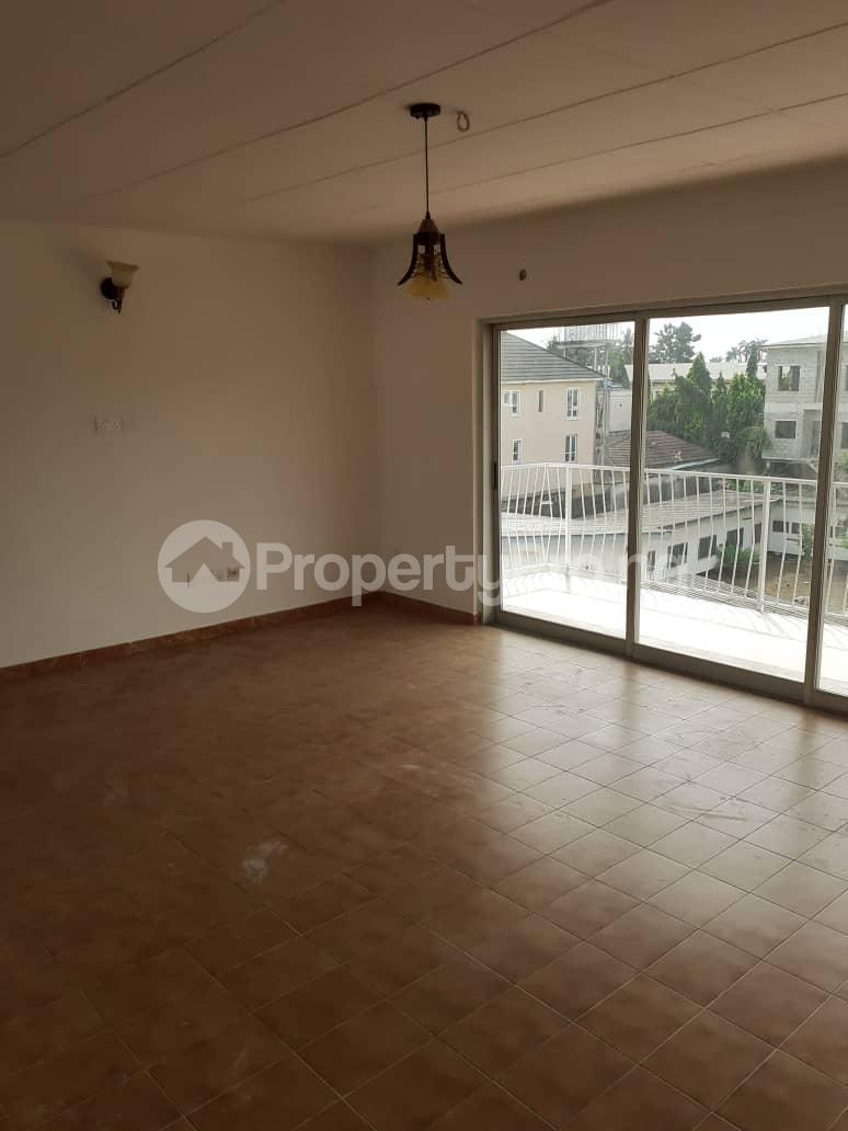 3 bedroom Flat / Apartment for rent Oduduwa crescent Ikeja GRA Ikeja GRA Ikeja Lagos - 12