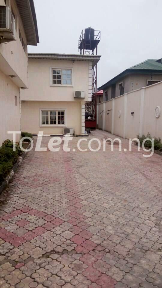 3 bedroom Flat / Apartment for rent GEMADE Egbeda Alimosho Lagos - 11