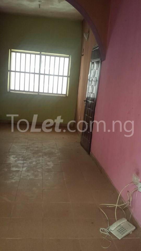 3 bedroom Flat / Apartment for sale County Estate Pen Cinema Agege Pen cinema Agege Lagos - 2