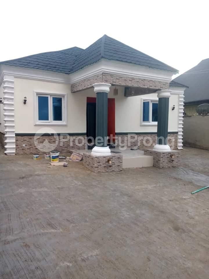 Flat / Apartment for sale Hope Road, Alakia Airport, Old Ife Road Ibadan Oyo - 1