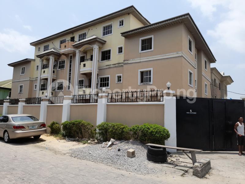 3 bedroom Flat / Apartment for sale Off Agungi Ajiran Road, Behind Dominion Pizza Agungi Lekki Lagos - 0